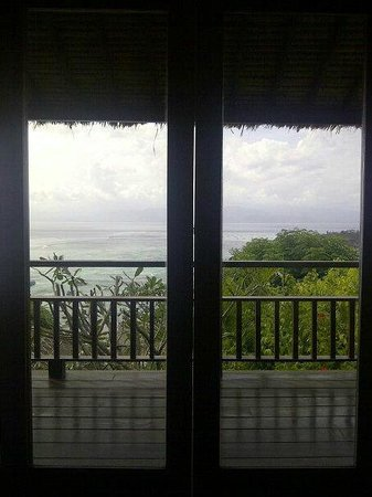 Batu Karang Lembongan Resort and Day Spa: view from our bed room