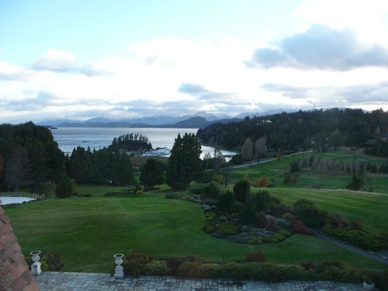 Llao Llao Hotel and Resort, Golf-Spa: Vista Lago Nahuel Huapi desde habitación
