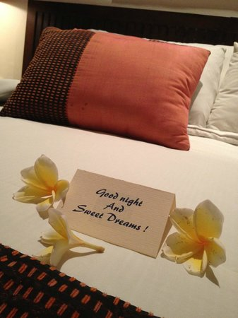 Novotel Bali Benoa: The housekeeping staff will do this every evening