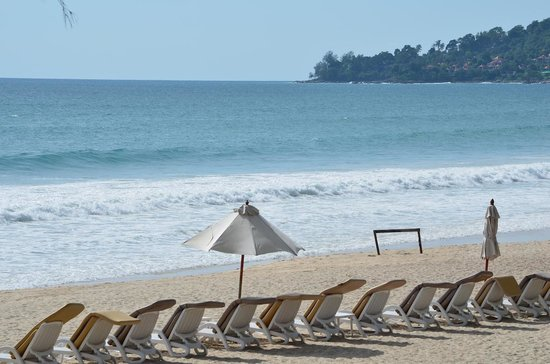 Dusit Thani Laguna Phuket: Another view of the beach
