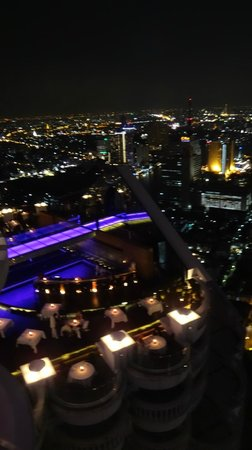 lebua at State Tower:   