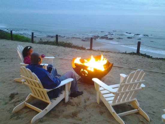 The Coho Oceanfront Lodge: the fire pits!!