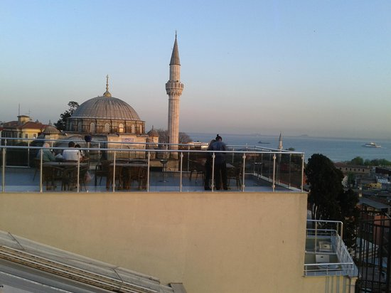 Mystic Hotel: Third floor views. Sokollu Mehmet Paşa mosque