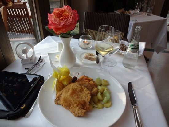 Hotel Adlon Kempinski: WIENER SCHNITZEL