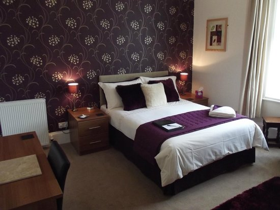 The Wellsway: Large Superior Double Room