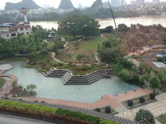 Shangri-La Hotel Guilin: Add a caption