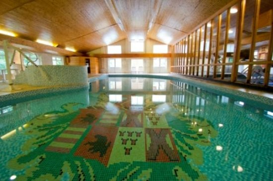 Thurnham, UK: Indoor Pool Area