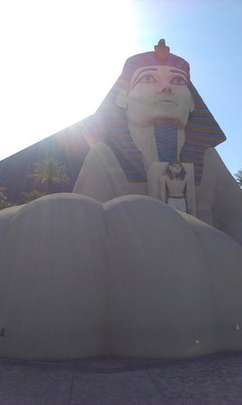 Luxor Las Vegas: Out the front