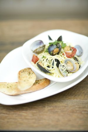 ABode Canterbury: Old Brewery Tavern - Clam Linguine