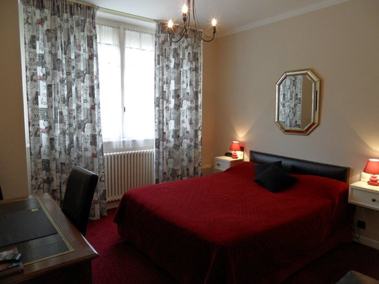 Aurillac, France: Chambre confort