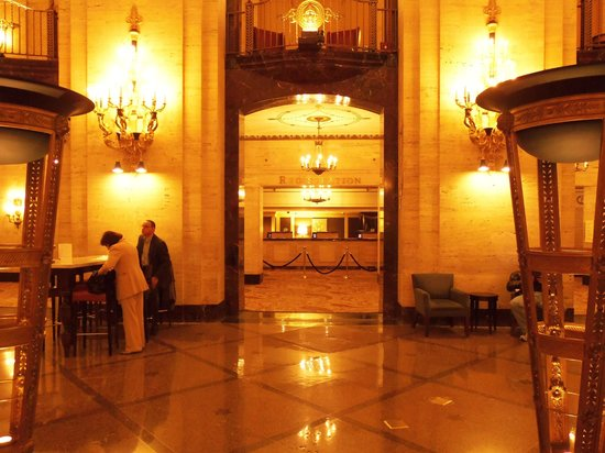 The Palmer House Hilton: Registration