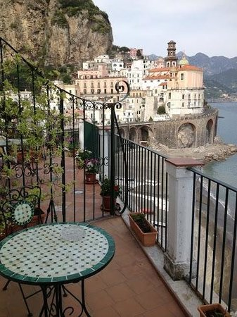 Atrani, Italia: View from Blue Room