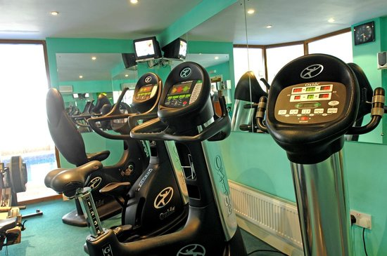 Heywood Mount: Gym equipment