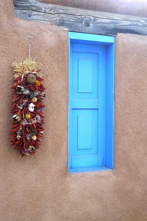 Ranchos De Taos, Nuevo Mexico: across the street from the church