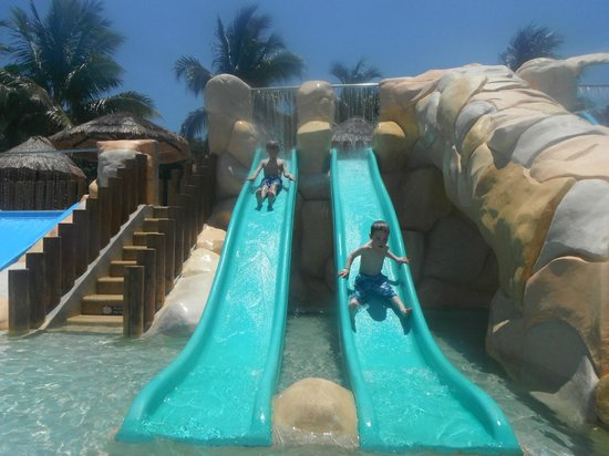 Sandos Caracol Eco Resort & Spa : Slippity slide