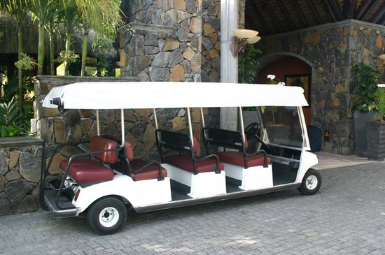 Dinarobin Hotel Golf & Spa: Our special VIP inter resort transport
