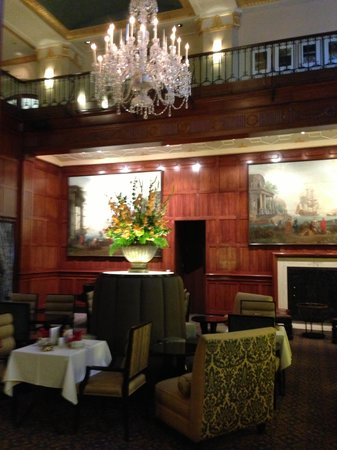 The Heathman Hotel: Tea Court