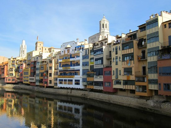 Hotel Historic: View of Girona and of the Onyar River
