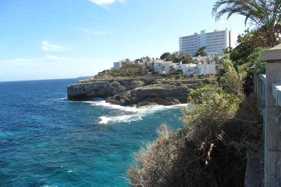 Complejo Calas de Mallorca Resort: cliff view