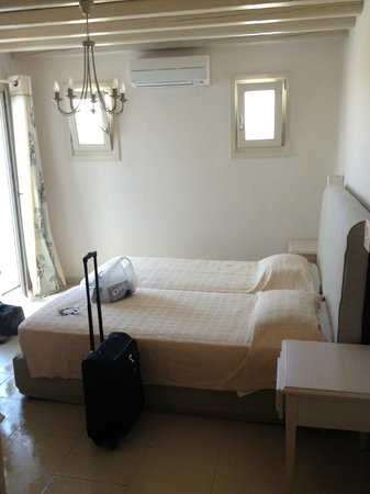 Aeolos Hotel: new room