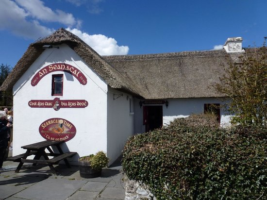 Dungarvan, Ireland: An Seanachai Historic Pub