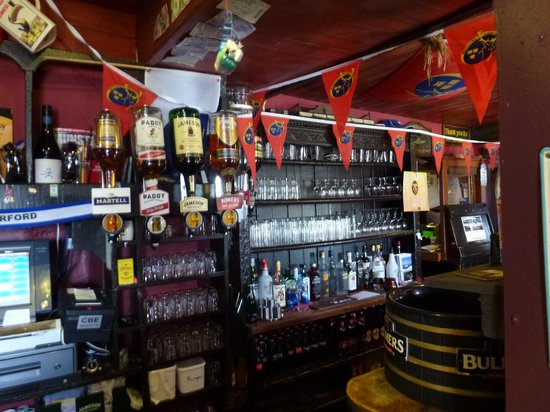 Dungarvan, Ireland: Interesting historic bar