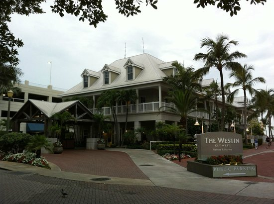 The Westin Key West Resort &amp; Marina : Drive way 