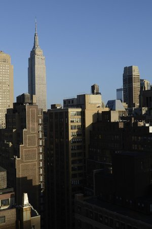 Staybridge Suites Times Square - New York City : View from Southside rooms (29th Floor)