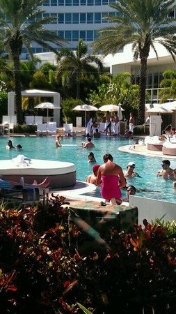 Fontainebleau Miami Beach: The resort