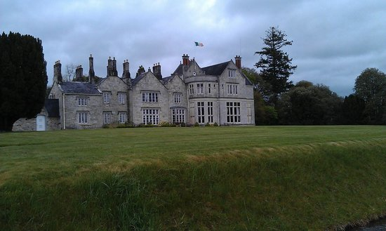 Mohill, Irlande : hotel from grounds 