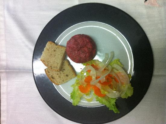 Bastia Umbra, Italien: Tartara di filetto