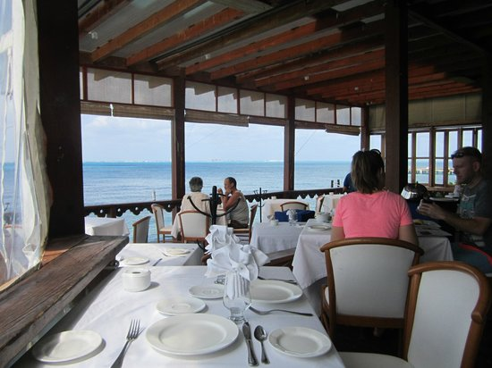 Hotel Villa Rolandi: Pleasant Dining View with Beautiful View