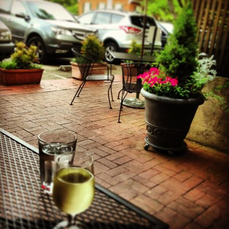 Decatur, : Glass of white outdoors