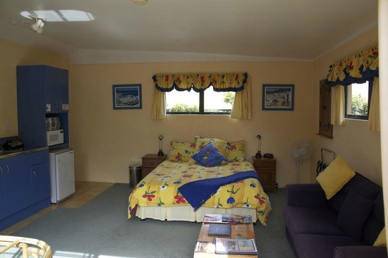 Whangamata, Yeni Zelanda: Unit 2 - studio unit, self-contained