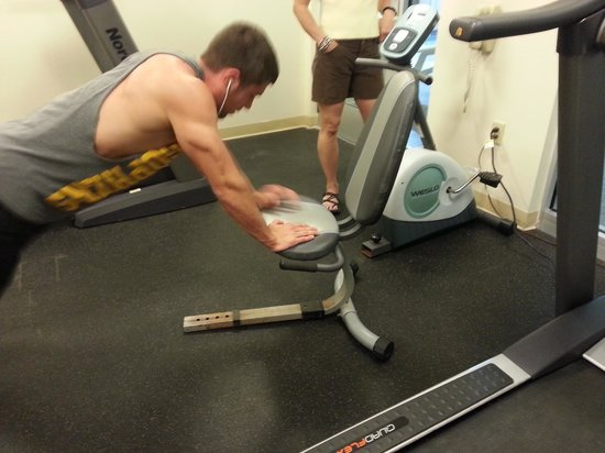 Days Inn South Portland: None of the gym equipment worked properly. My brother pulled apart the bike and had to make up h