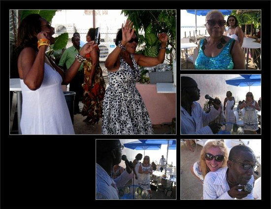 Speightstown, Barbade : Ladies forgetting they are moms and letting loose on mothers day