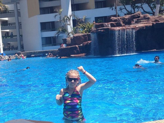 El Cid El Moro Beach Hotel: Kids will love the pool!!!!