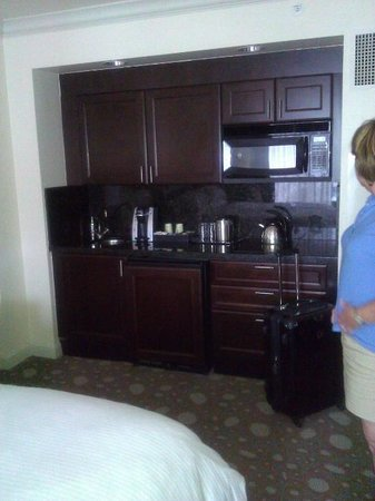 The Atlantic Resort & Spa: Kitchenette