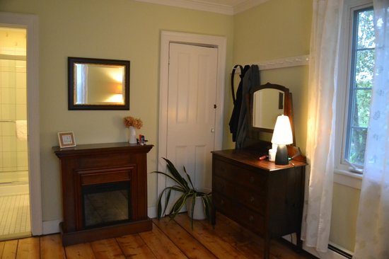 Eddington House Inn: Suite