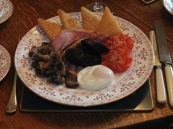 Tansley, UK: Full English Breakfast