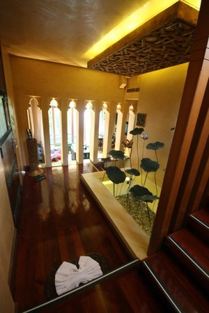 The Baray Villa: foyer leading to downstairs lounge