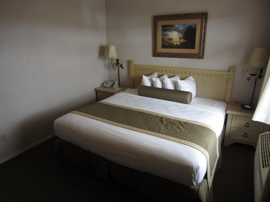 BEST WESTERN Capitol Reef Resort: Bedroom Room 304