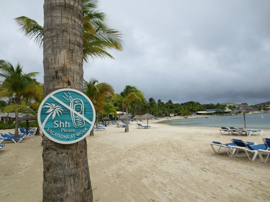 St. James's Club: Mamora Beach