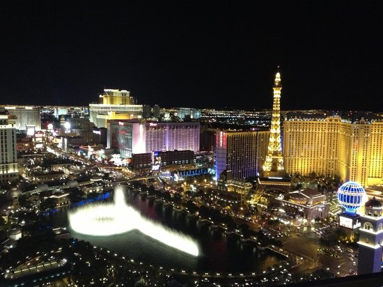 The Cosmopolitan of Las Vegas: View at night