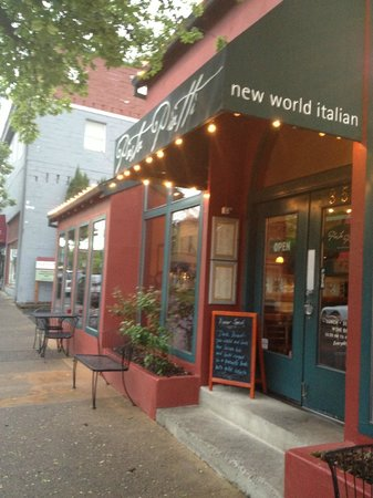 Ashland, Oregón: Restaurant front door
