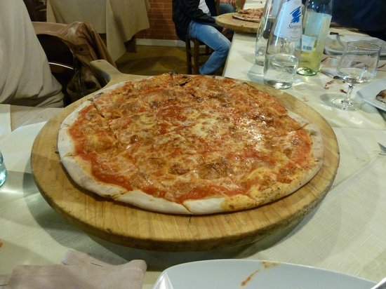 Castelfiorentino, Italia: pizza margherita