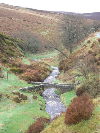 Macclesfield, UK: The beautiful Goyt Valley, a very short drive from Harrop Fold Farm.