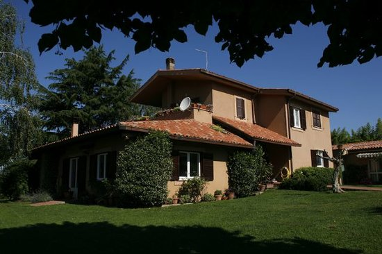 Acque Lucenti Bed & Breakfast