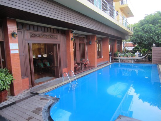 Lamphu Tree House: The pool