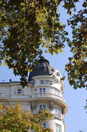 Hotel Ritz Madrid by Orient-Express: Ritz Madrid - photo by TravelBella - http://travelbella.wordpress.com